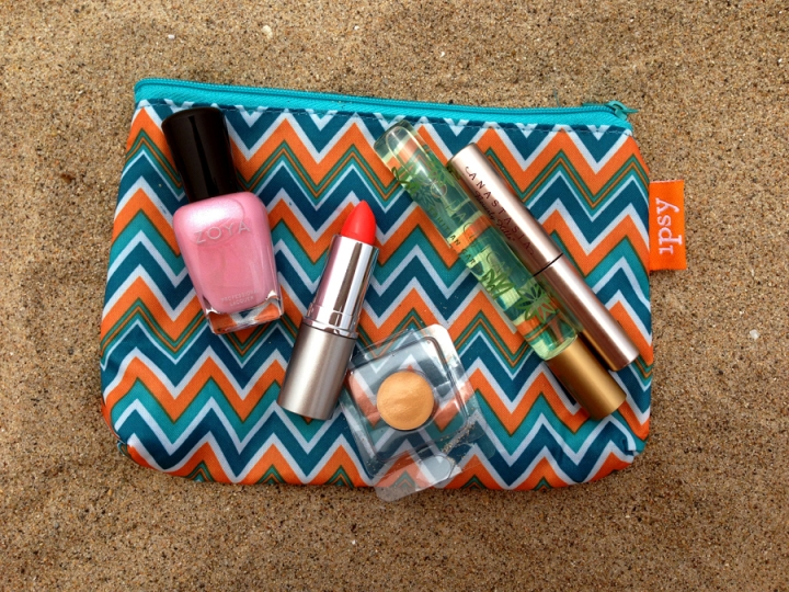 June-Ipsy-Bag-web