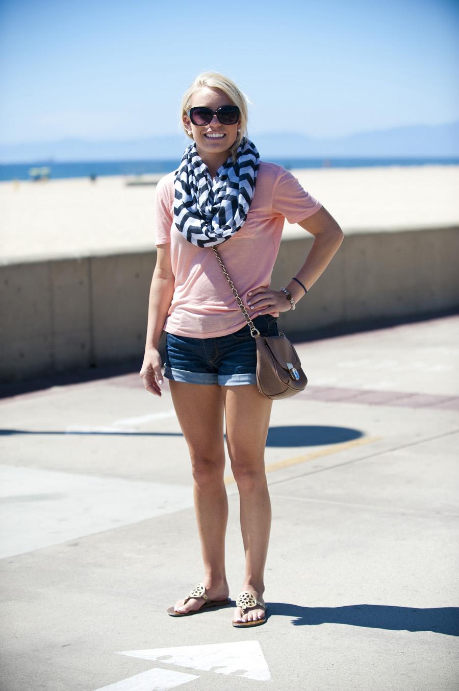 Strand girl