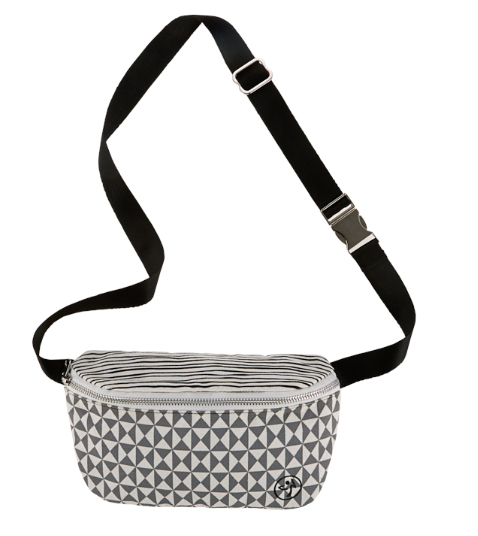 The most fabulous fanny pack that was ever made ($22)