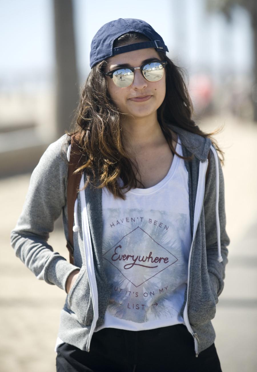 968f97e215c ... backward baseball cap and Forever 21 sunglasses. Jocelyn Velazquez